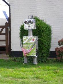Robot by Ron Blomfield